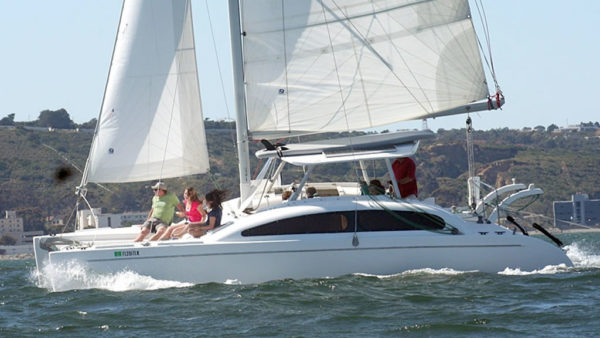 Catamaran Crusises